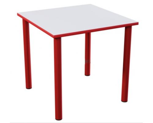 Стол детский квадратной формы